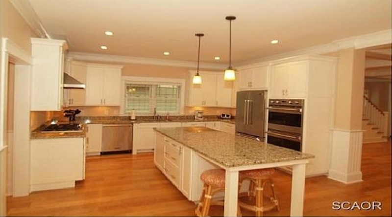 http://www.tghrentals.com/pics/Kitchen similar property