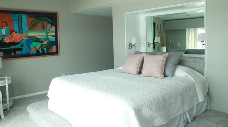 http://www.tghrentals.com/pics/King Master Bedroom