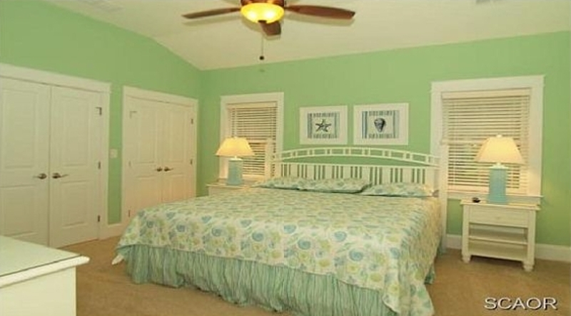 http://www.tghrentals.com/pics/King Bedroom similar property