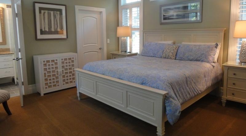 http://www.tghrentals.com/pics/Bedroom 4
